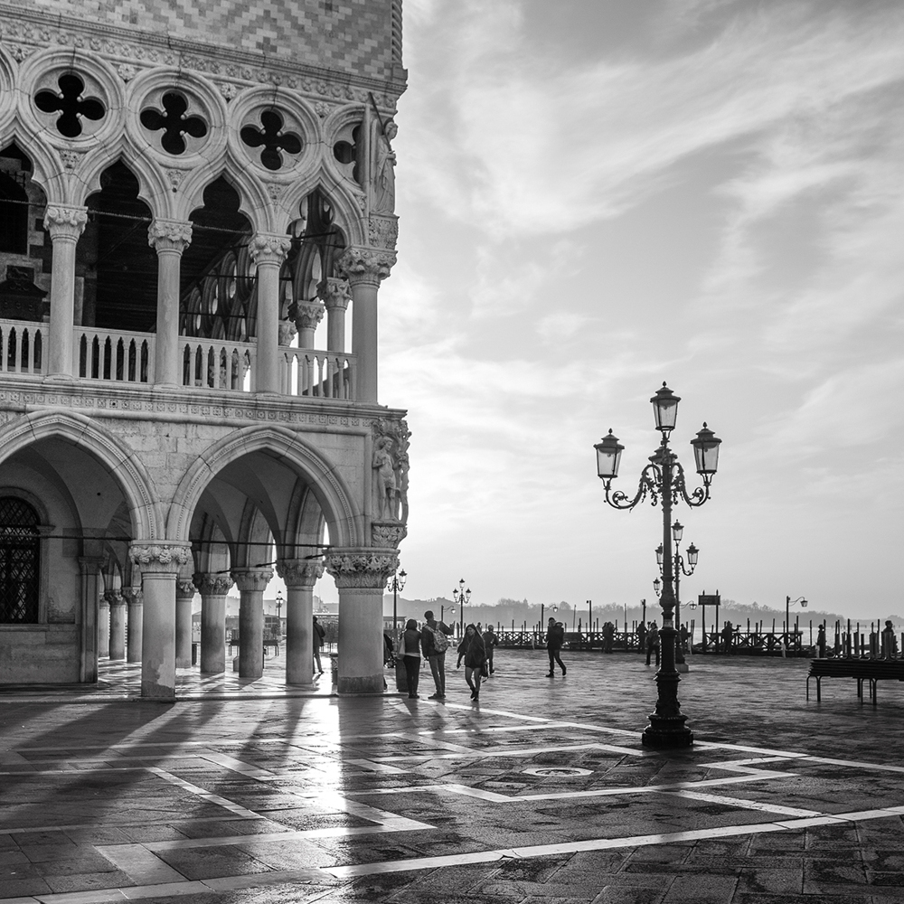 Photo Wallpaper Early Morning - Venice